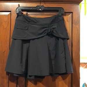 Athleta black skort size 0 28 inches EUC shorts